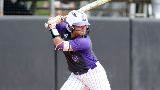 Lipscomb's Hannah DeVault (9) bats during an NCAA softball game on Saturday, April 6, 2019 Jacksonville, Fla.