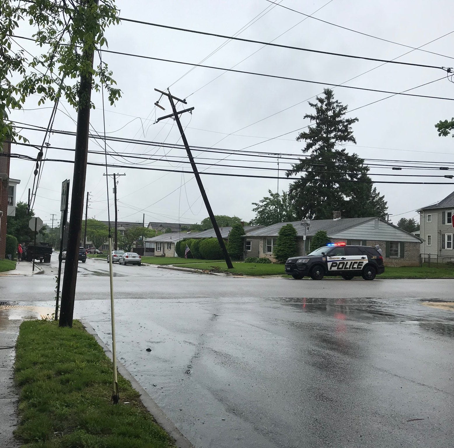 Crash into a utility poll causes power outages, Broadway to be closed up to 8 hours