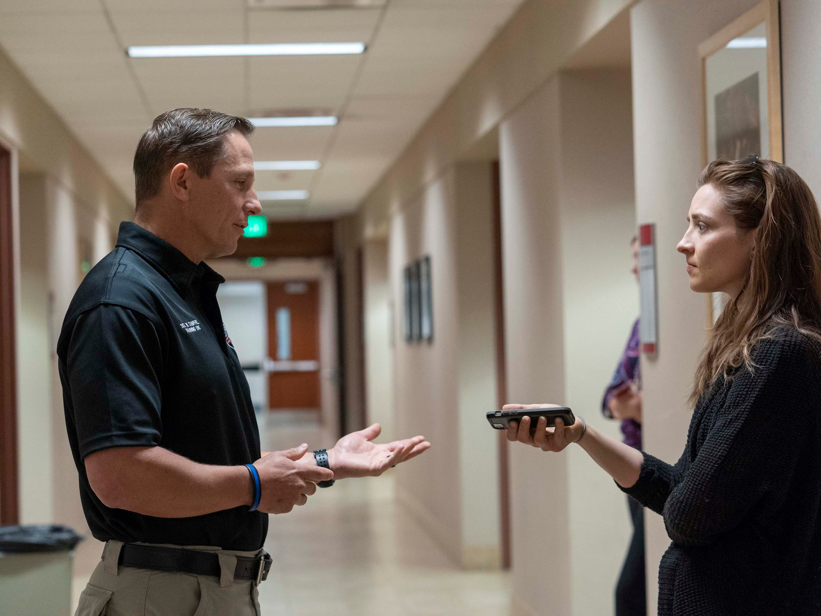 Gilbert Police, Bill Campbell talks to Arizona Republic reporter Bree Burkitt about partnering with the Arizona Commission for the Deaf and Hard of Hearing (ACDHH) to navigate the communication barriers between the Deaf and hard of hearing individuals.