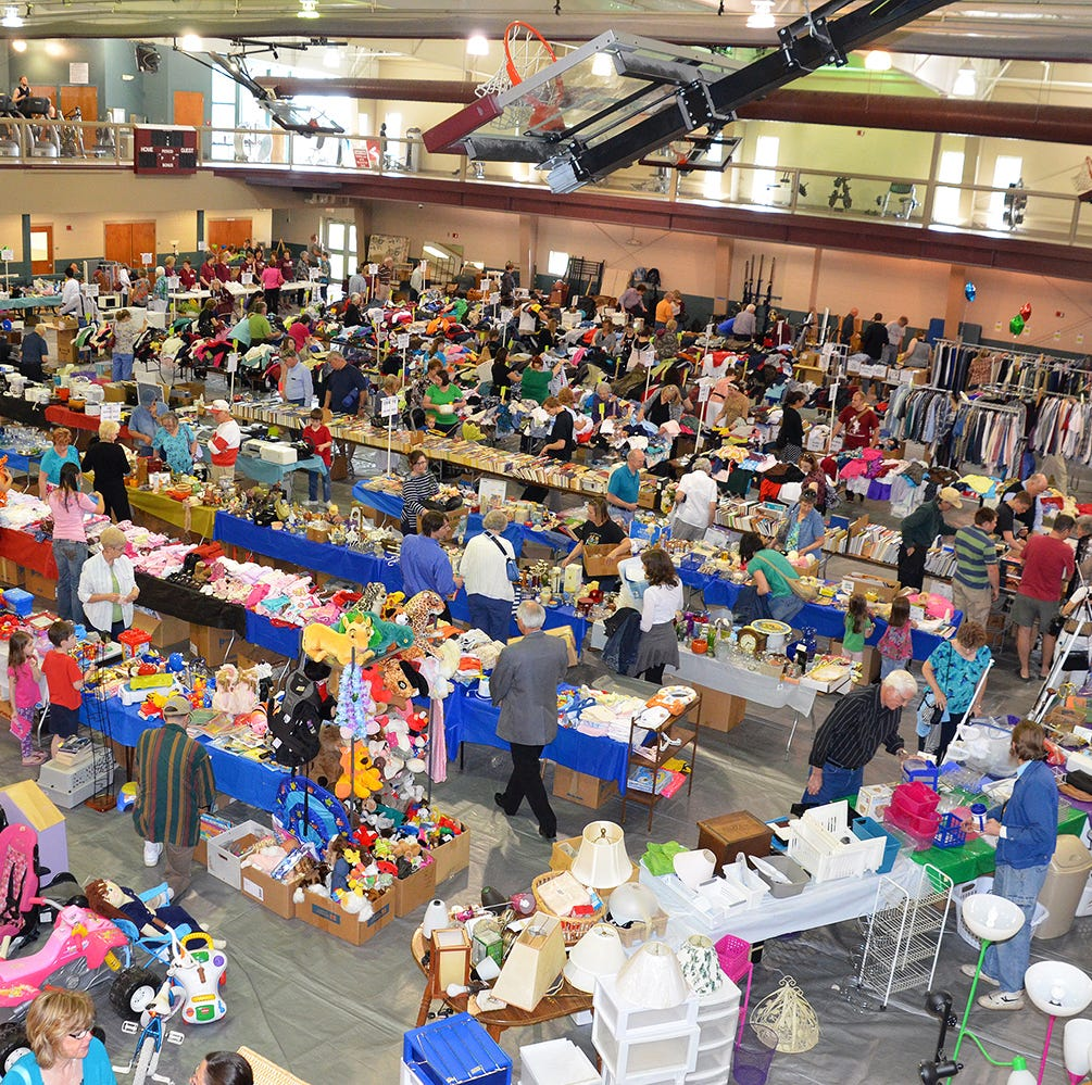 Evangel University supporters revive massive end-of-year garage sale