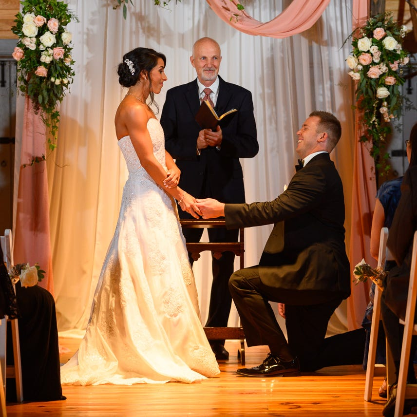 Delaware bride proposed first; he waited until they were at altar to ask her to marry him