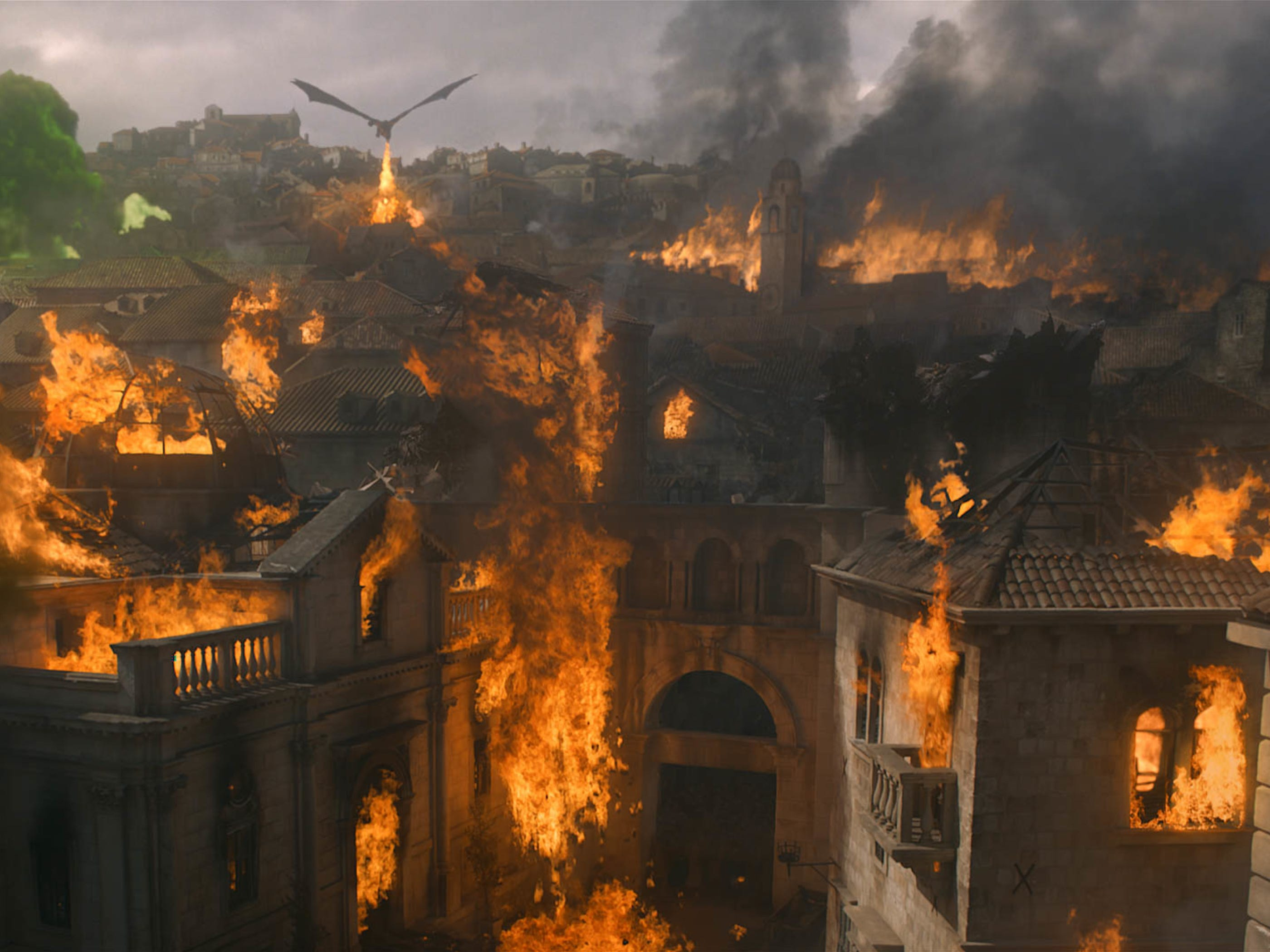 Drogon lays waste to much of King's landing.