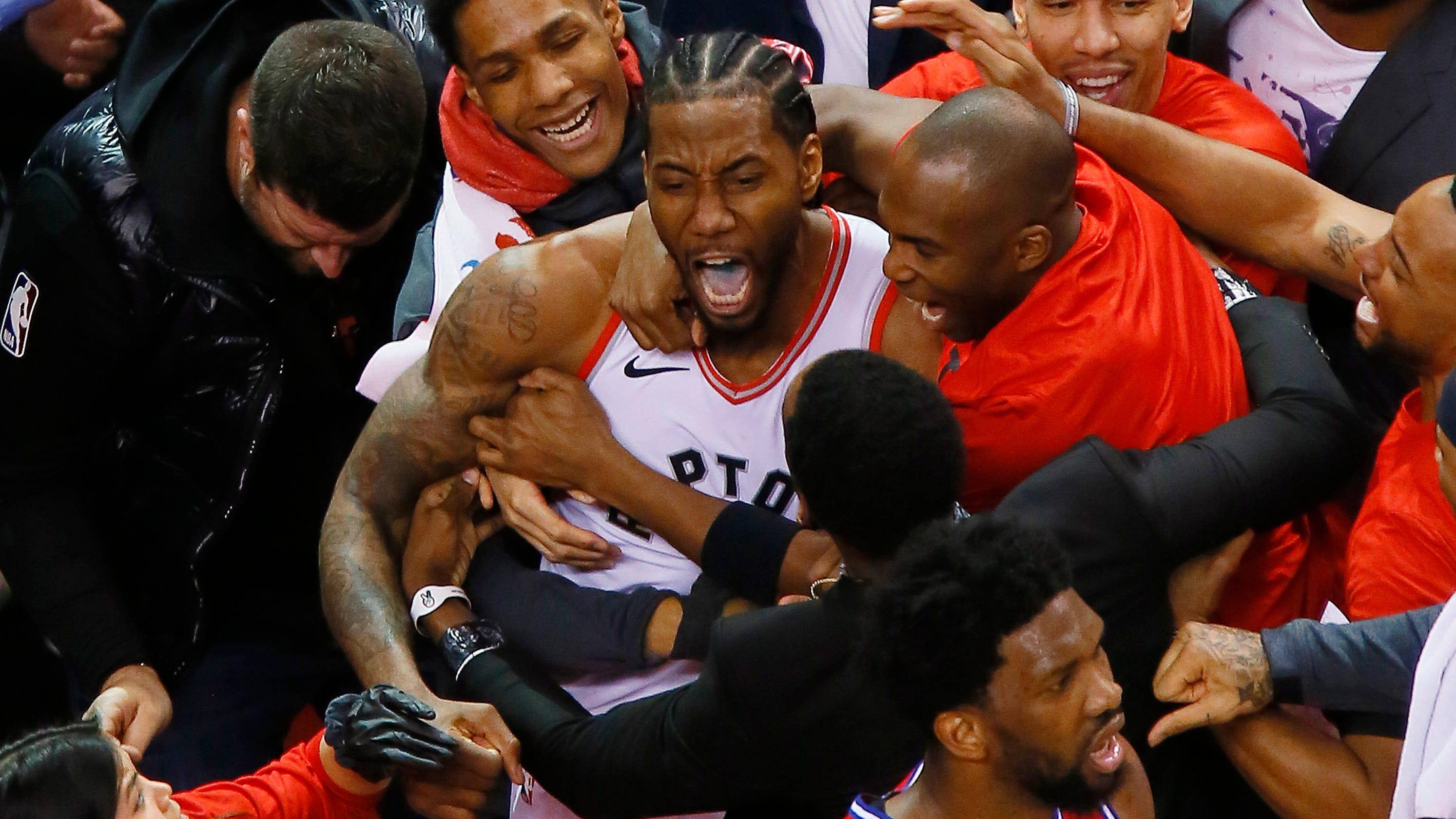 NBA Playoffs: Kawhi Leonard Buzzer-beater Sends Raptors To