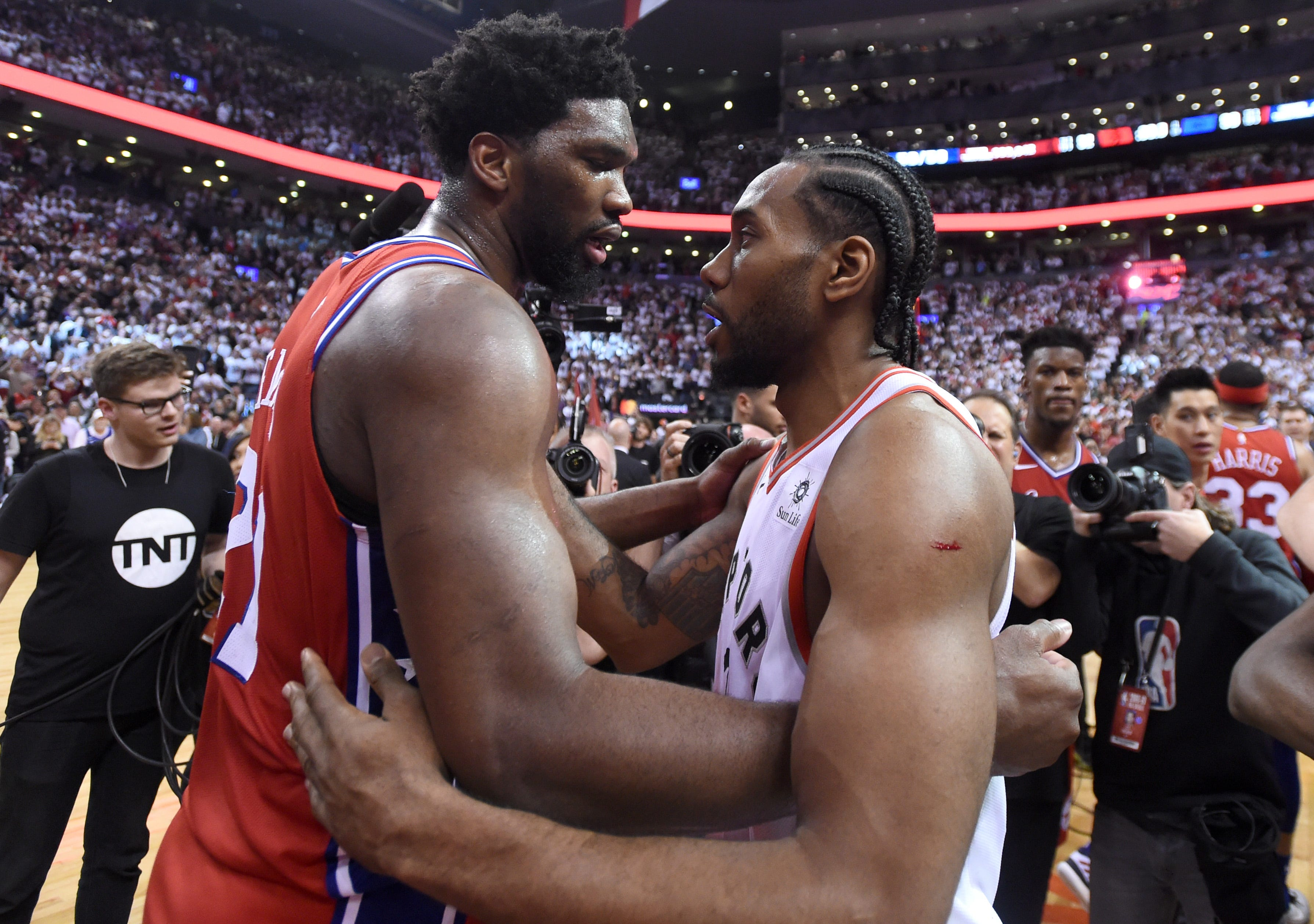 Joel Embiid leaves court in tears after 76ers lose on Kawhi Leonard buzzer-beater