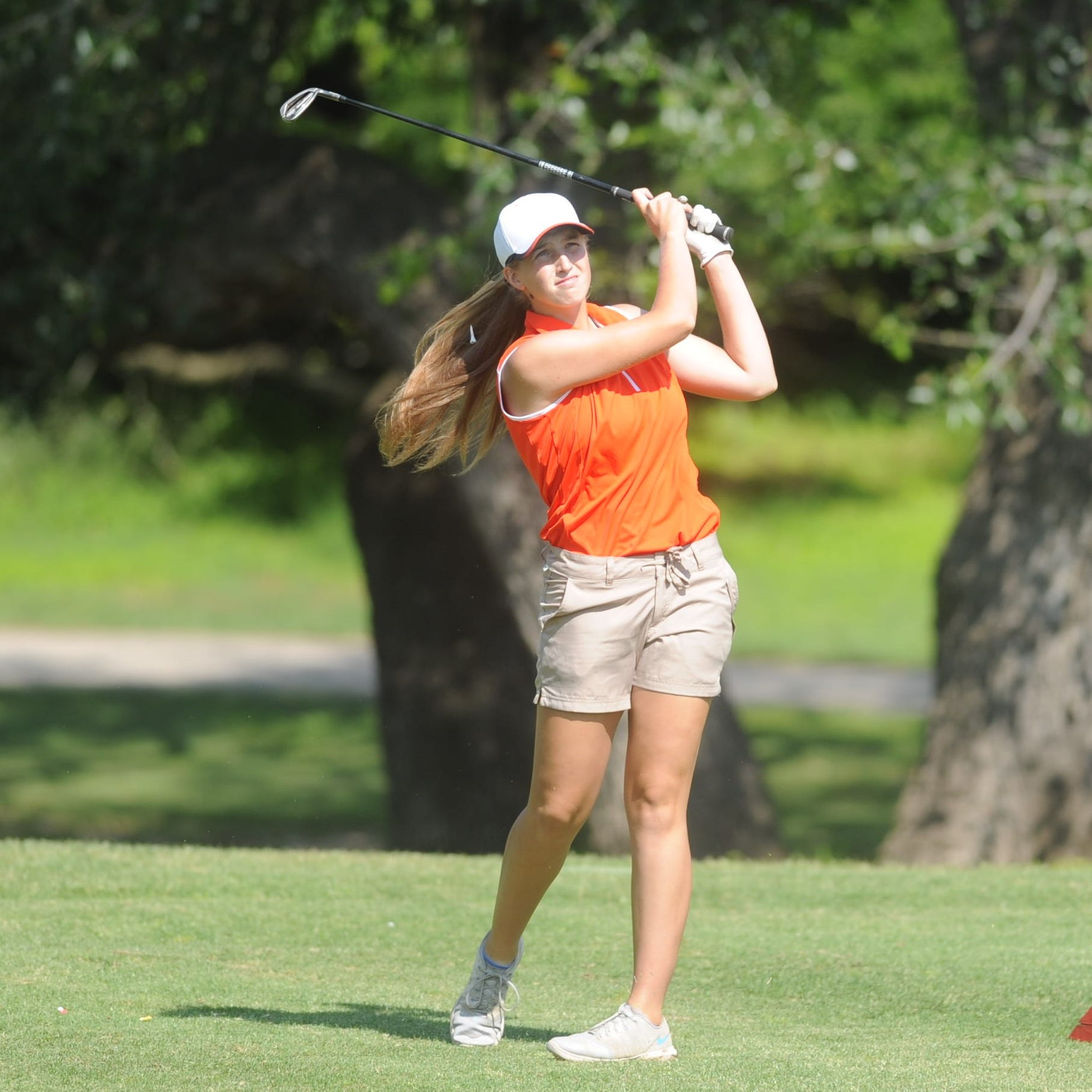 Strong final round leads Robert Lee by Eula to Class 1A girls golf state championship