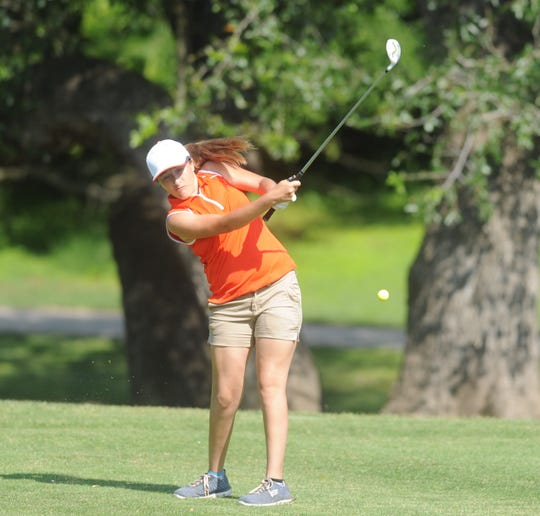 Robert Lee's Autumn Ramon tees off during the final round of the UIL state girls golf tournament Tuesday, May 14, 2019, at Lions Municipal Golf Course in Austin.
