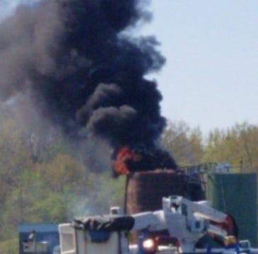Oil tanks explode and burn in eastern Calhoun County