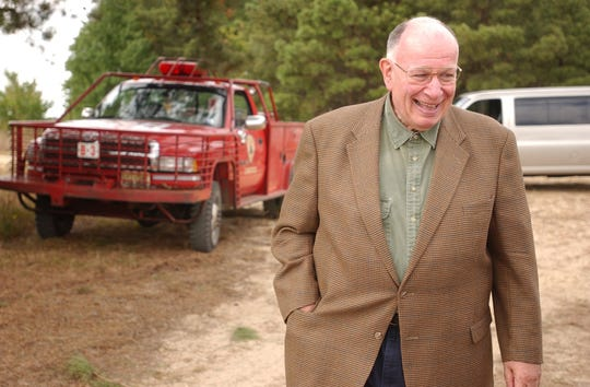 James Garfield DeMarco arrives at the dedication ceremony of the Franklin Parker Preserve in 2004. The former  Republican political boss died May 13 at age 80.