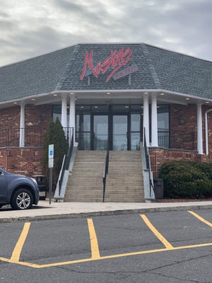 Mastori's is one of New Jersey's most beloved diners, and a host of diner dinner theater presentation.