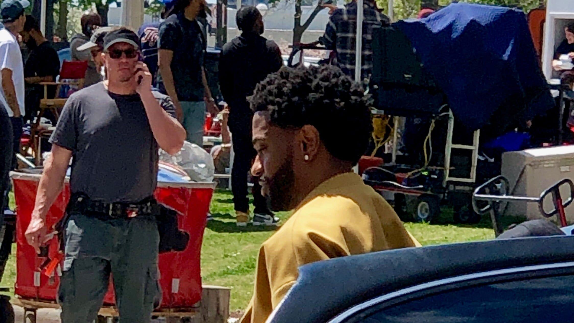 Detroiters watch as Big Sean shoots music video at Spirit Plaza
