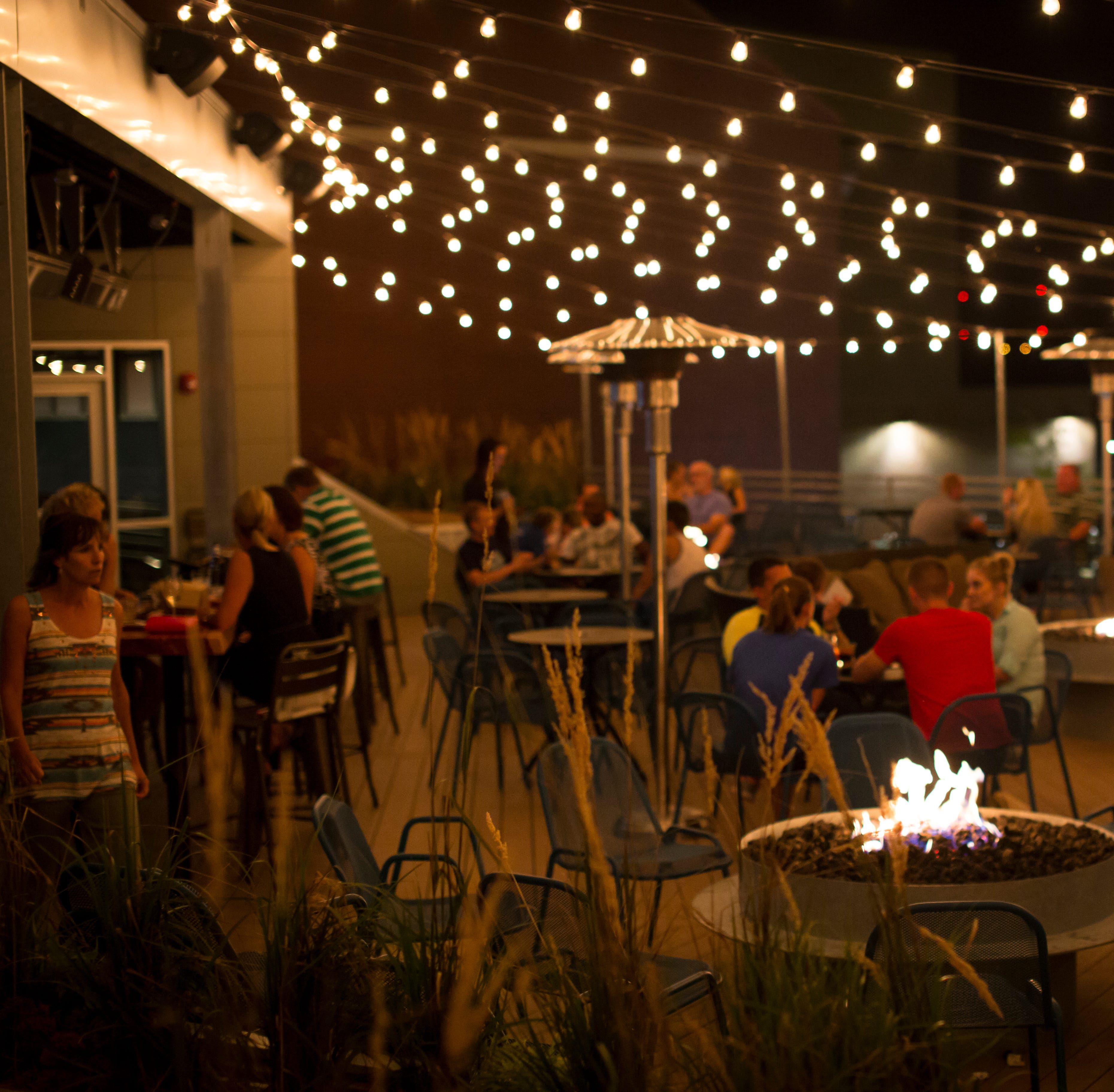 17 places for outdoor eating in Iowa City area