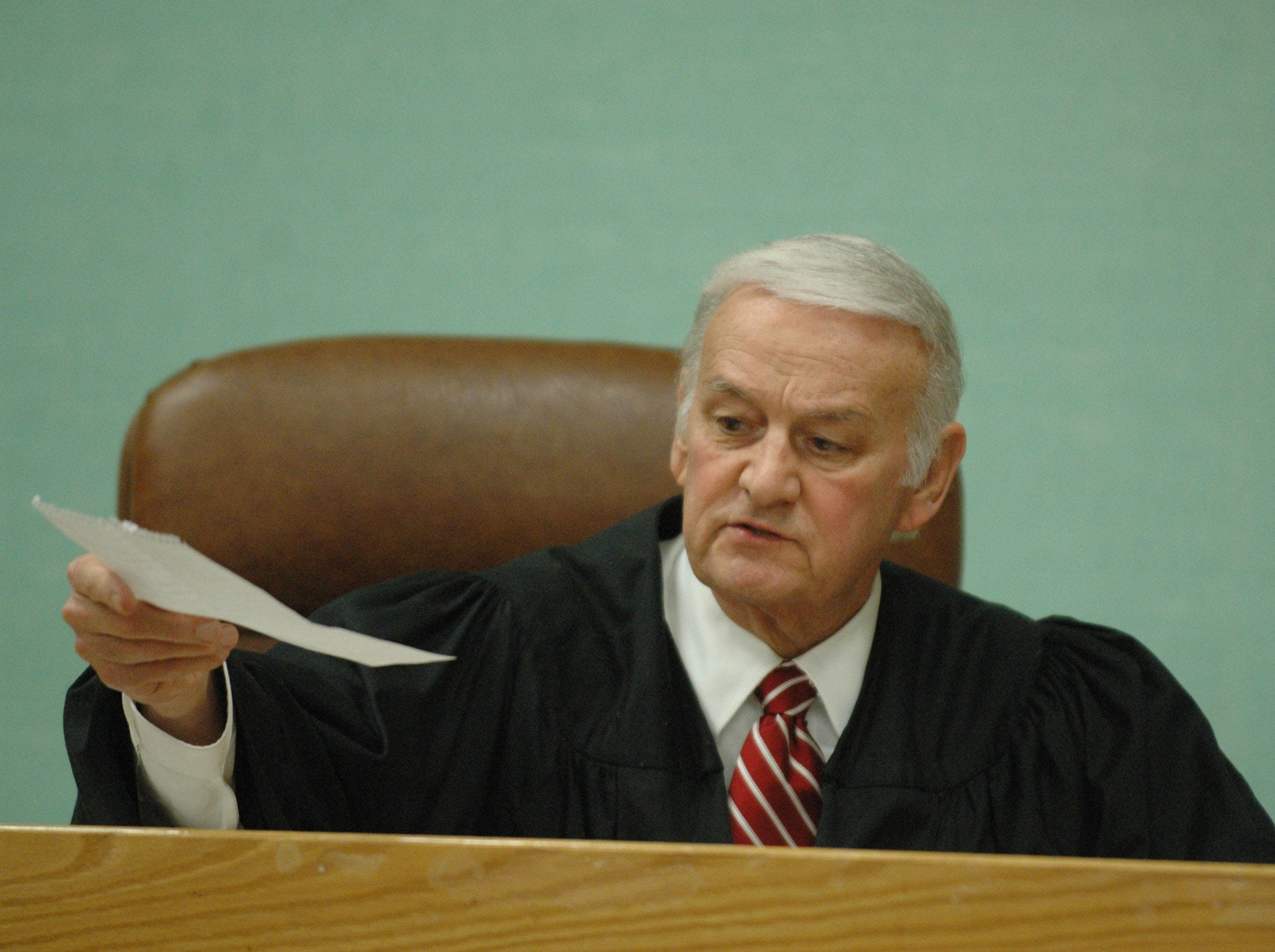 Jury deliberations continued Friday, December 19, 2008, in the trial of Rocky Joe Houston in Roane County Circuit Court.