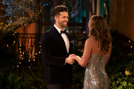 "Knoxville's Jed Wyatt and Hannah Brown on ""The Bachelorette."""
