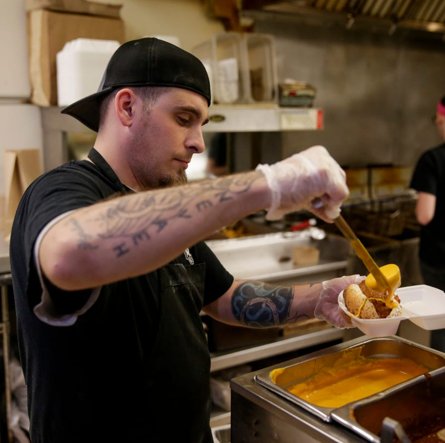 AJ's in West Lafayette to move to a bigger location, offering alcohol and table service