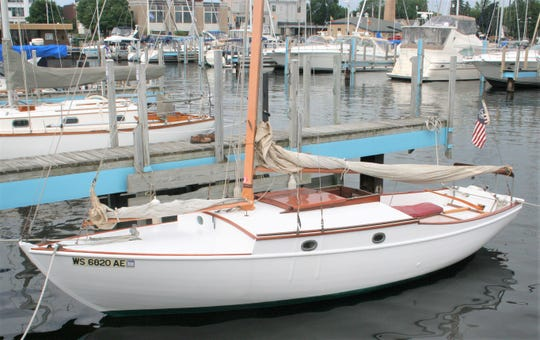 Splash sailboat built in 1935 at Burger Boat Company in Manitowoc. Owned by Kurt Breuer.