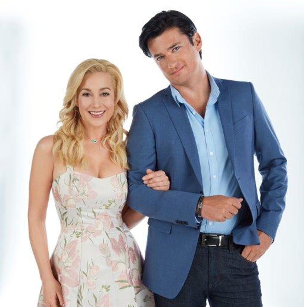 Hallmark Channel celebrates Graceland, romance, with 'fan' weekend