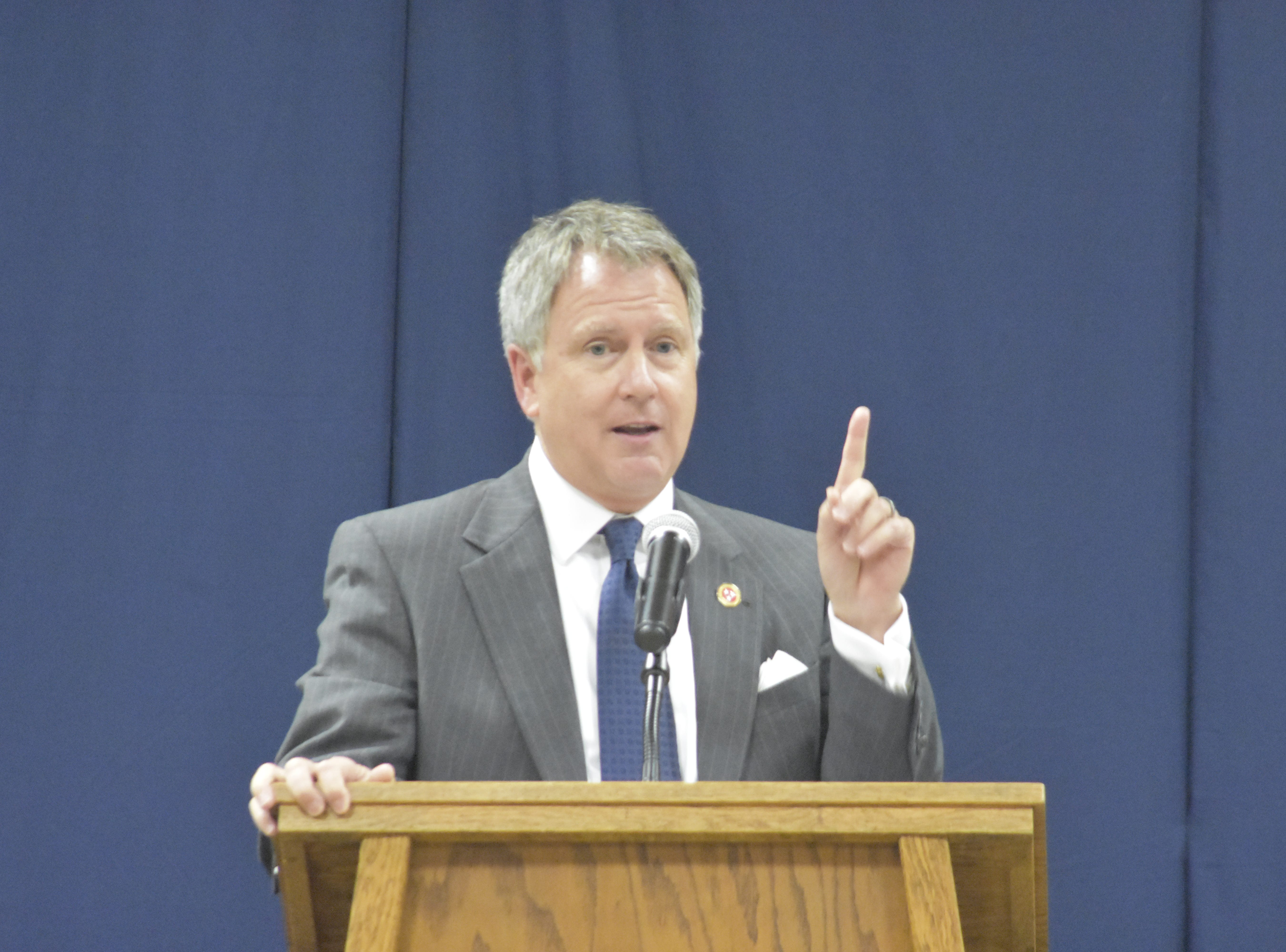 Sen. Kerry Roberts gives a speech at Pleasant View Christian School's graduation on Monday, May 13.