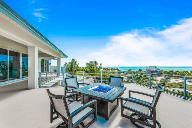 The furnished Captiva model is one of two models open for viewing and purchase at Hill Tide Estates on Boca Grande.