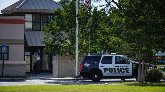 Pensacola police investigate a bomb threat May 14 at the U.S. Social Security Administration offices at 411 W. Garden St.
