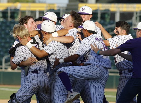Sabino players celebrates after winning the 3A State Championship game over Sahuarita 3-0 in Mesa, Monday, May 13, 2019.