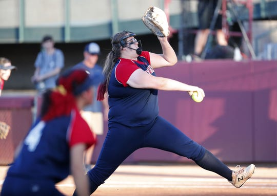 Centennial pitcher Meghan Golden (29) throws against Ironwood Ridge during the 5A State Softball Championship in Tempe, Ariz. May 13, 2019.