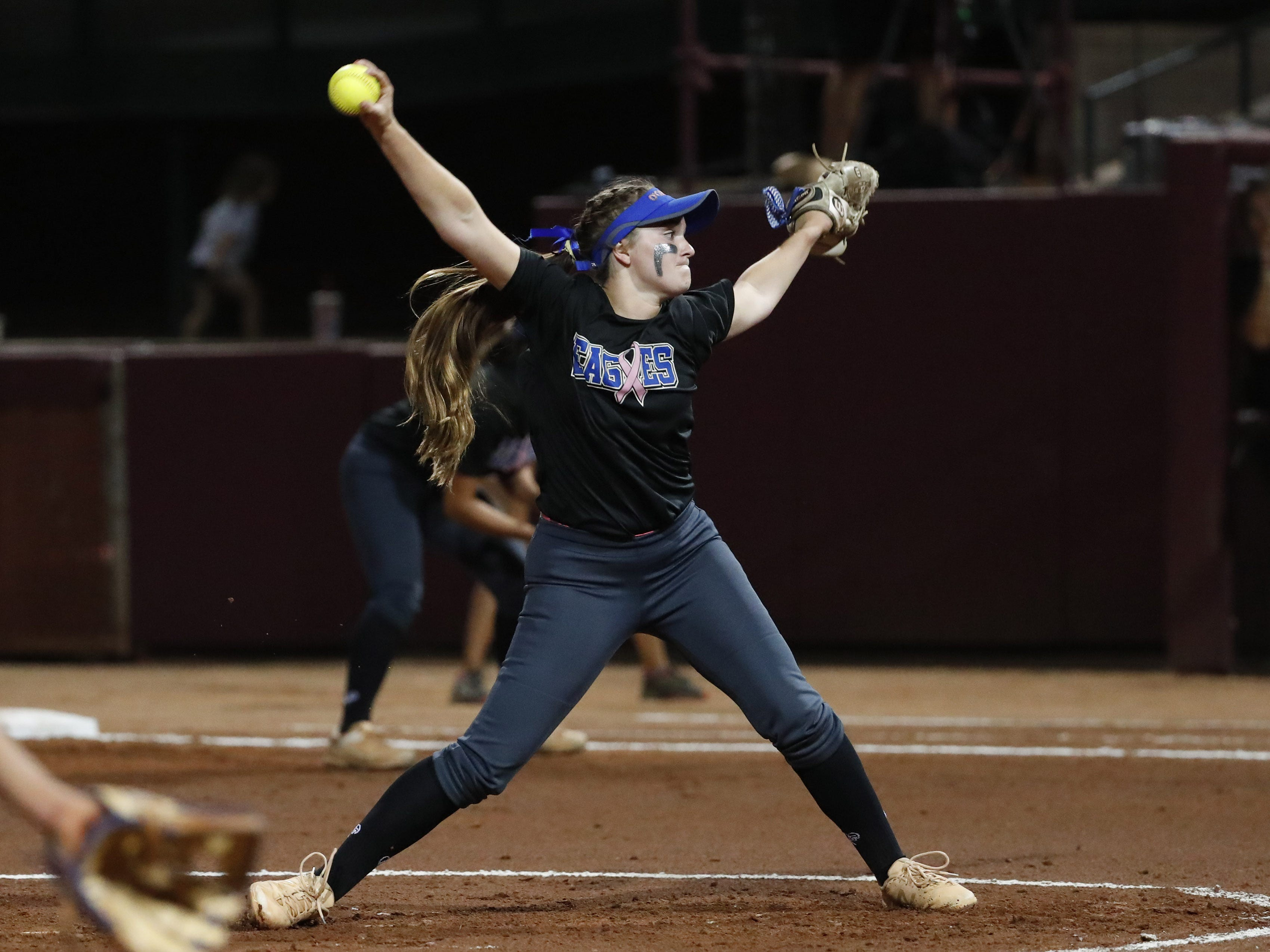 Sandra Day O'Connor pitcher Danielle Wilson (13) throws against Pinnacle during the 6A State Softball Championship in Tempe, Ariz. May 13, 2019.