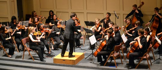 Stringendo's Vivace Orchestra will perform a concert at the Reformed Church in Poughkeepsie Sunday.
