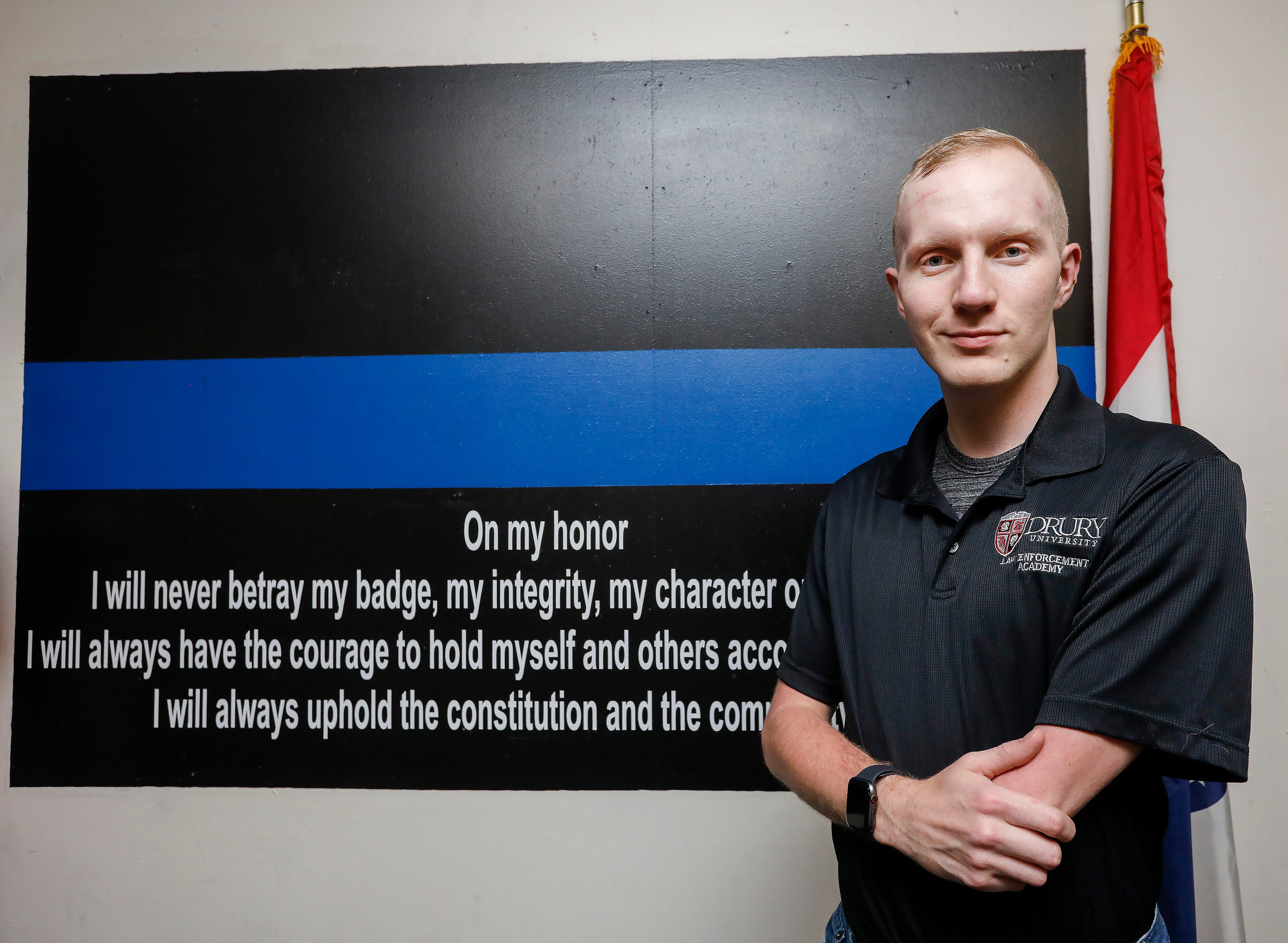 Joe Presley, who was born with only one arm, will graduate from the Drury University law enforcement academy.