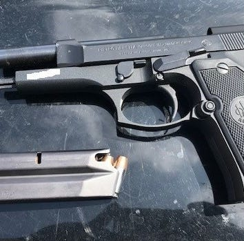 Suspect flees, drops gun in Camarillo, cops say