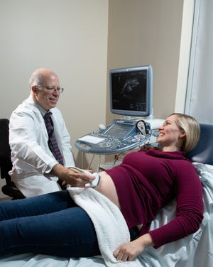 Shaun G. Lencki, M.D. is one of the Inspira specialists who treat mothers and babies in high-risk pregnancies.