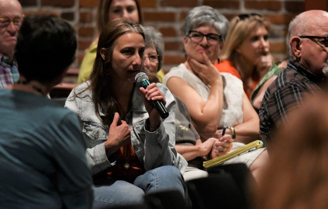 Parents and teachers were given an opportunity to ask a panel of educator questions regarding Visalia Unified School District's PBIS framework.