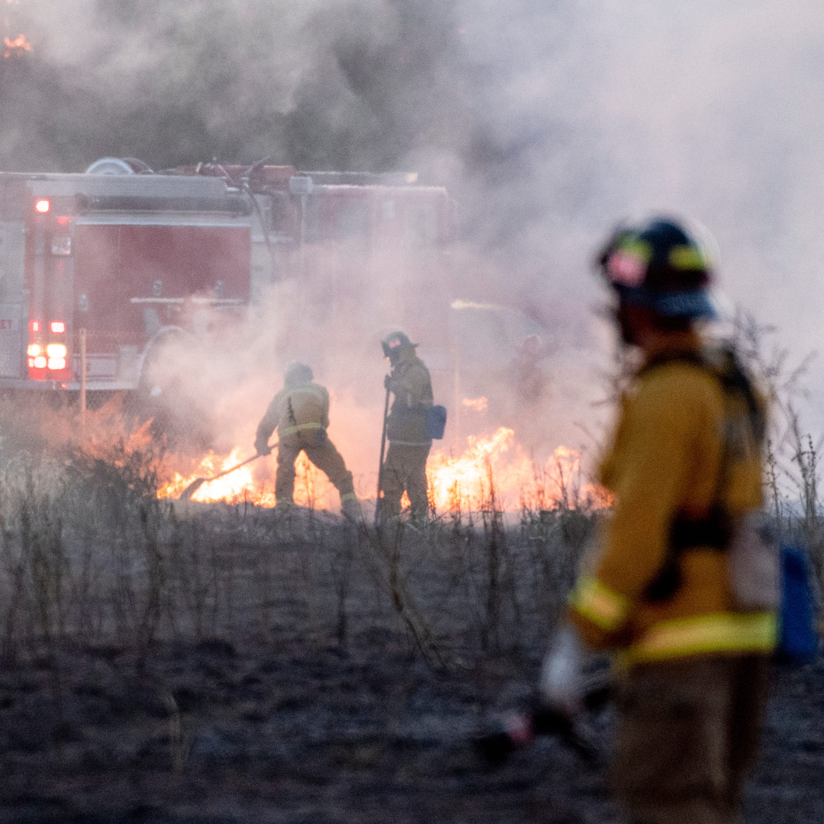 Firefighters battle blaze near Tulare Outlet Center and Highway 99