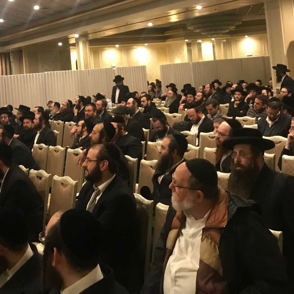 Measles: Anti-vaccination forum in Monsey draws crowd, condemnation