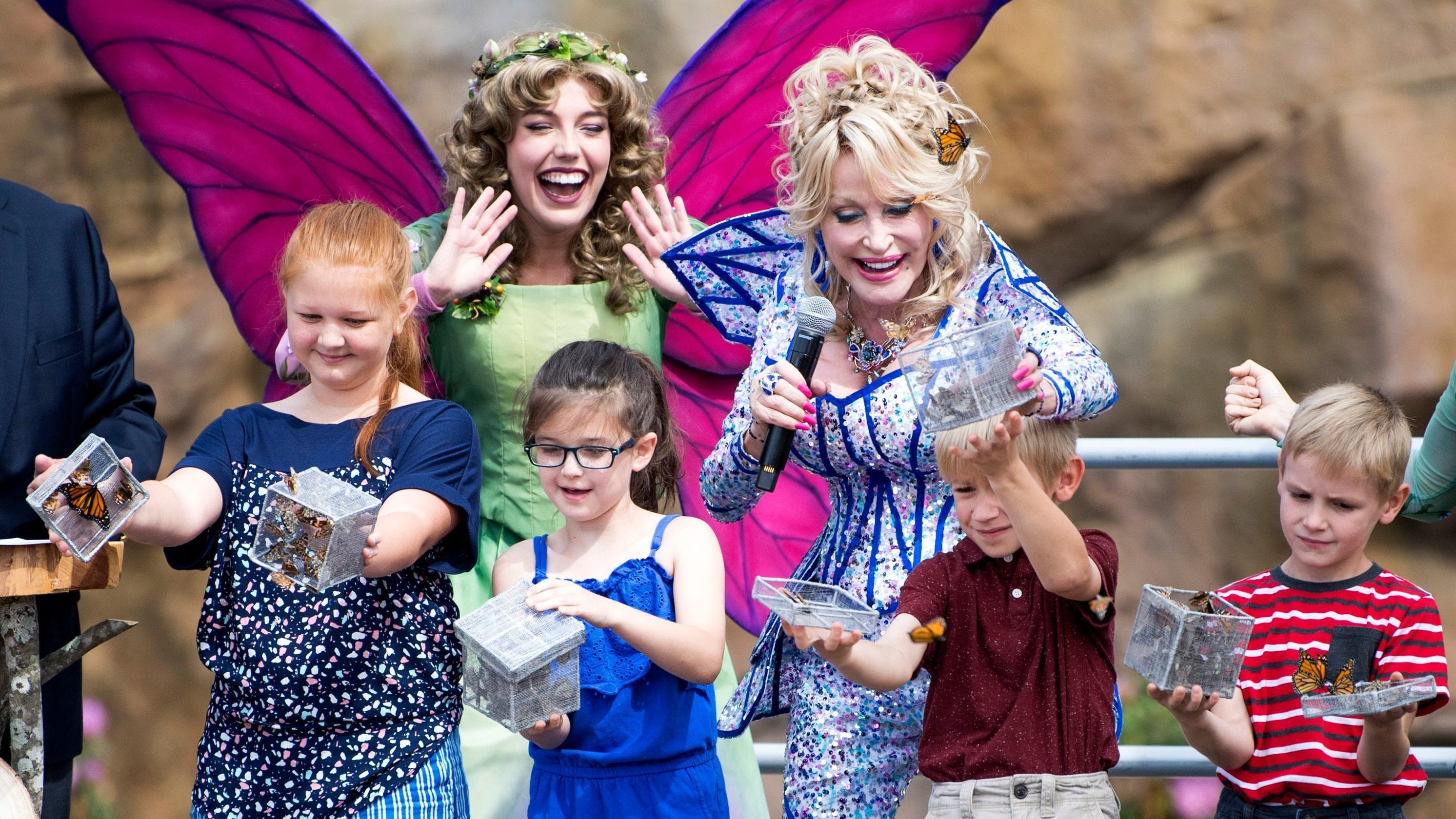 Dollywood opens new Wildwood Grove theme park area