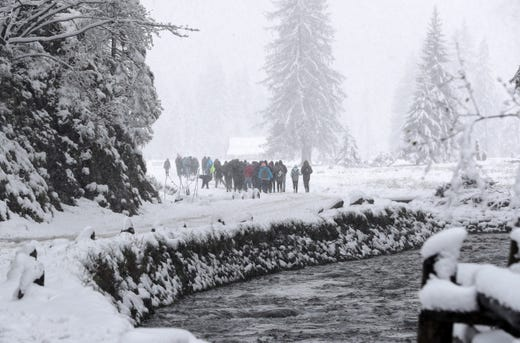 After warm weather, winter is back in Zakopane, Poland. Snow has fallen and difficult conditions prevail on the roads.