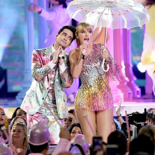 Brendon Urie and Taylor Swift perform during the 2019 Billboard Music Awards on May 1.