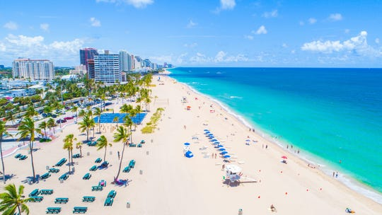 Fort Lauderdale, Florida, is another inexpensive flight from Knoxville to the beach.