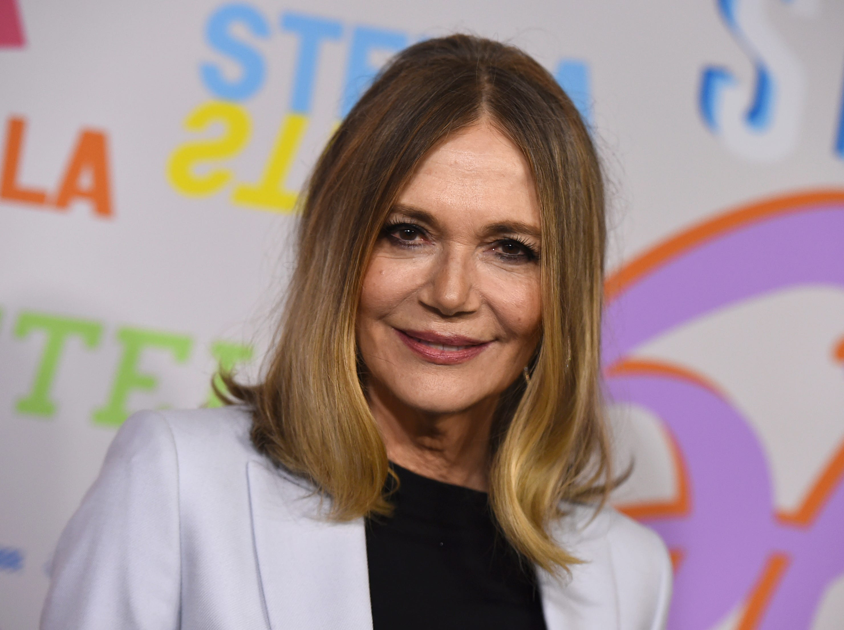 """In this Jan. 16, 2018 file photo, Peggy Lipton arrives at the Stella McCartney Autumn 2018 Presentation in Los Angeles. Lipton, a star of the groundbreaking late 1960s TV show """"The Mod Squad"""" and the 1990s show """"Twin Peaks,"""" has died of cancer at age 72. Lipton's daughters Rashida and Kidada Jones say in a statement that Lipton died Saturday, May 11, 2019, surrounded by her family."""