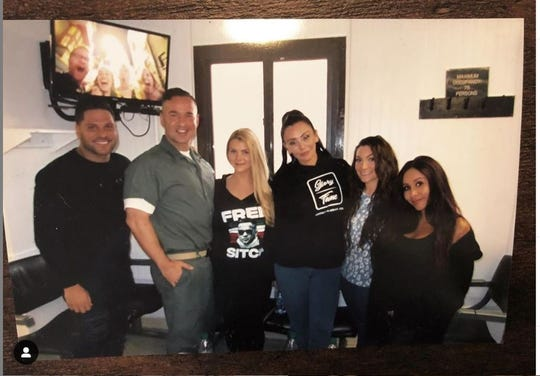 """Ronnie Ortiz-Magro (L-R), Mike """"The Situation"""" Sorrentino, Lauren Sorrentino, Jenni """"JWoww"""" Farley, Nicole """"Snooki"""" Polizzi and Deena Cortese during an April 26 visit to Mike at FCI Otisville in New York."""