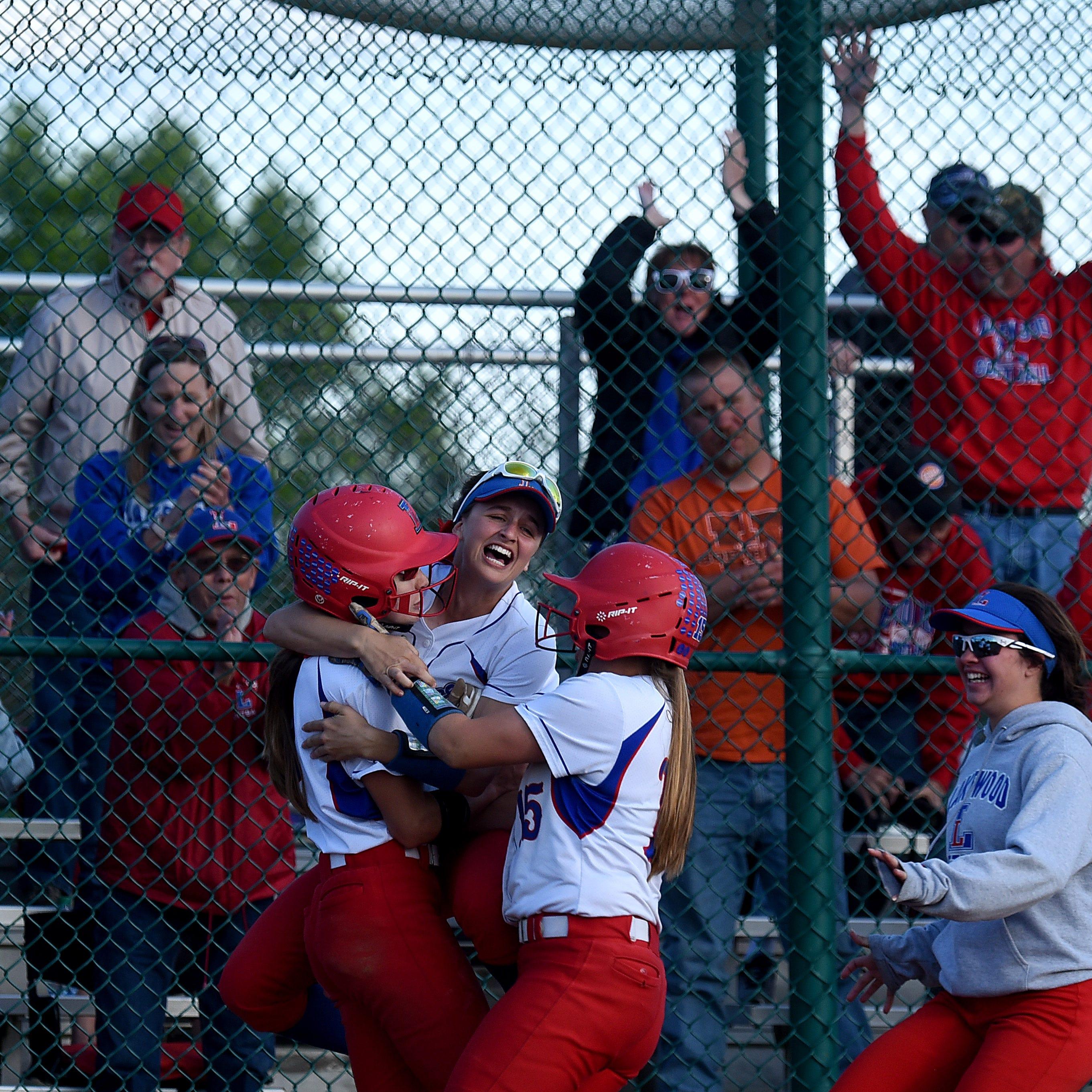Braskie's big bat allows Lakewood to survive softball scare