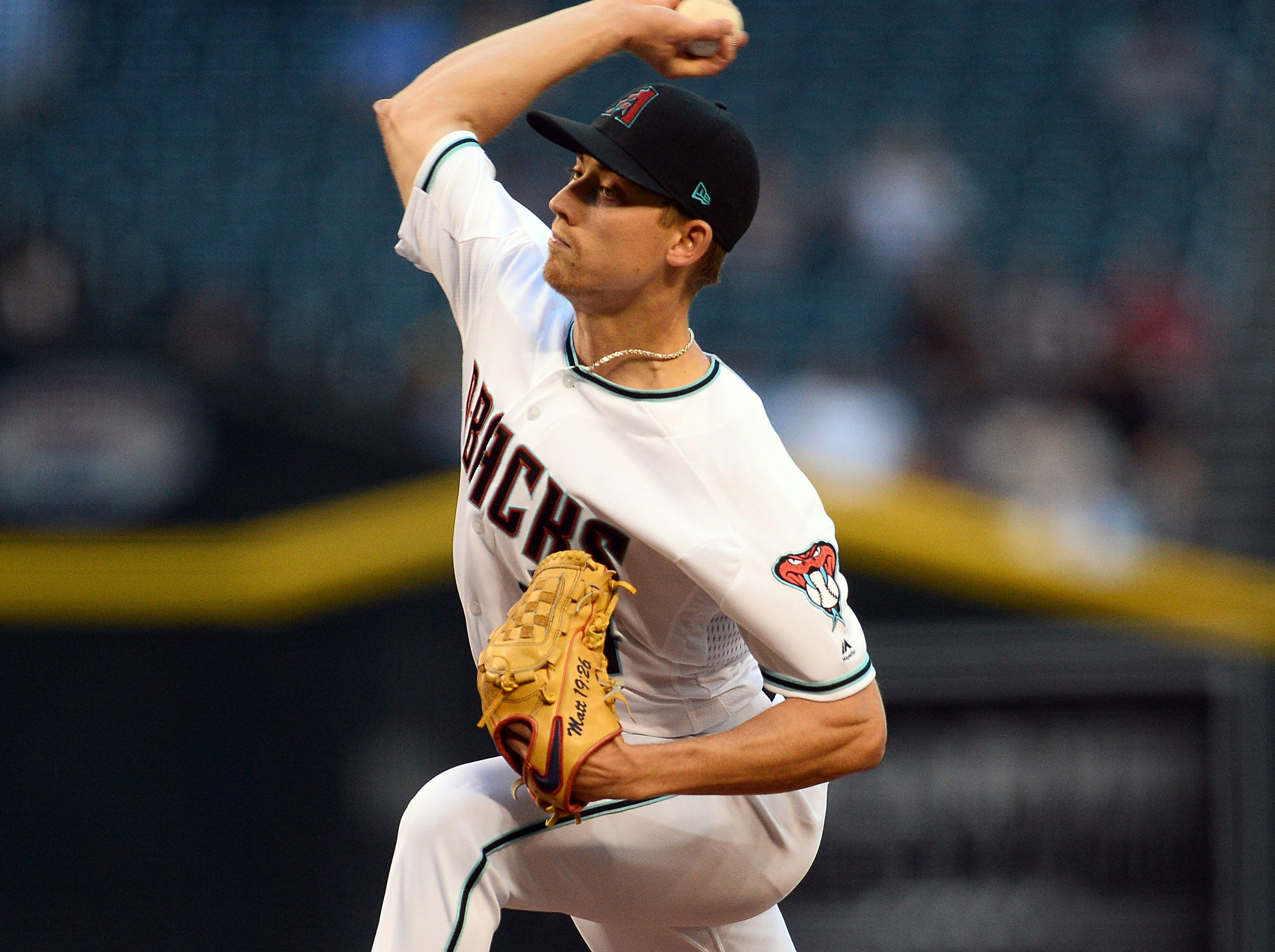 May 14, 2019; Phoenix, AZ, USA; Arizona Diamondbacks starting pitcher Luke Weaver (24) pitches against the Pittsburgh Pirates during the first inning at Chase Field. Mandatory Credit: Joe Camporeale-USA TODAY Sports