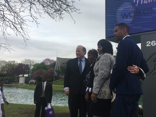 From left to right: Mayor Mike Duggan, Aretha Franklin's niece Sabrina Owens, City Council President Brenda Jones The Right Productions President Shahida Mausi and Aretha Franklin's son, Kecalf at the unveiling of the Aretha Franklin Amphitheatre on Friday, May 17.