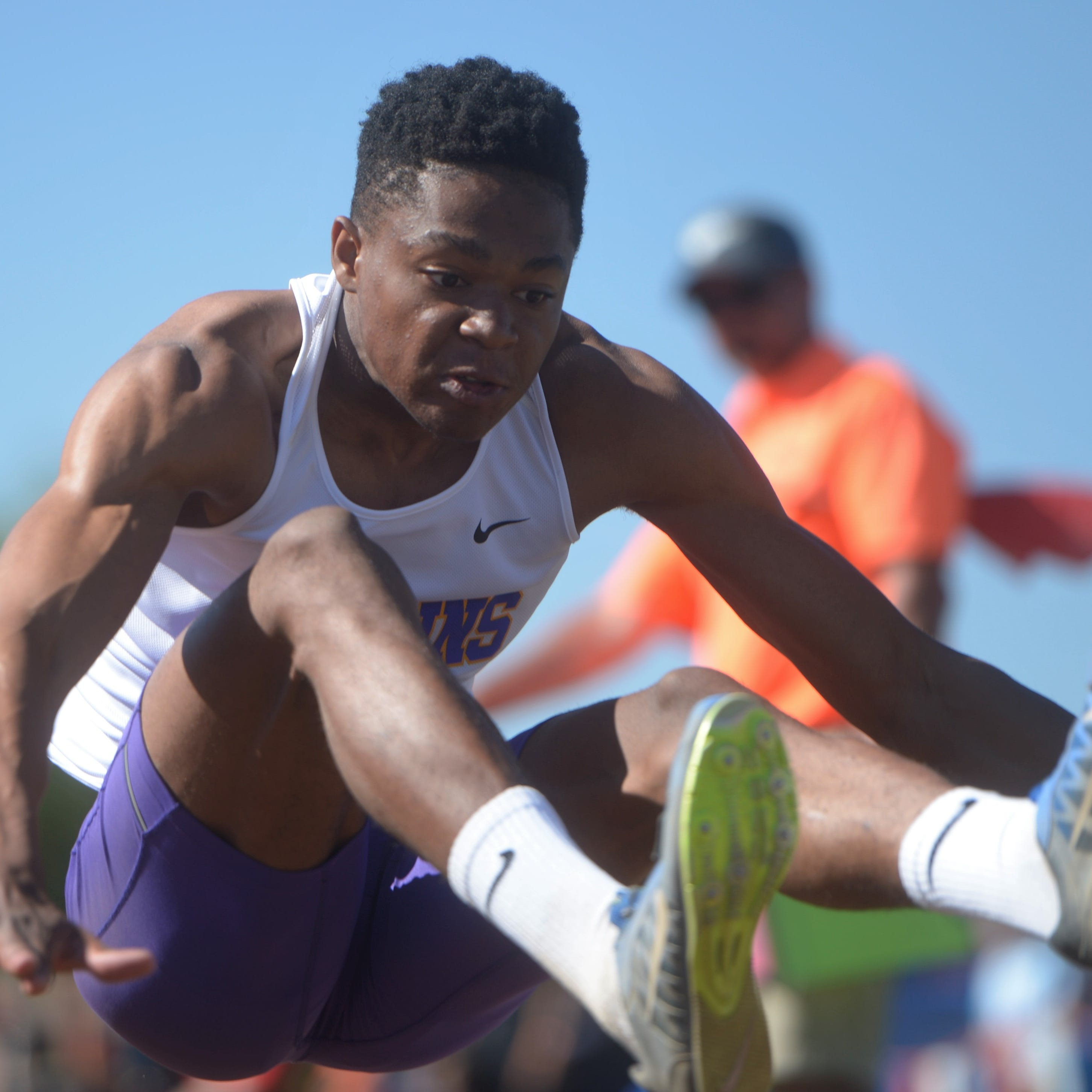 Live updates: Second day of Colorado high school state track and field meet