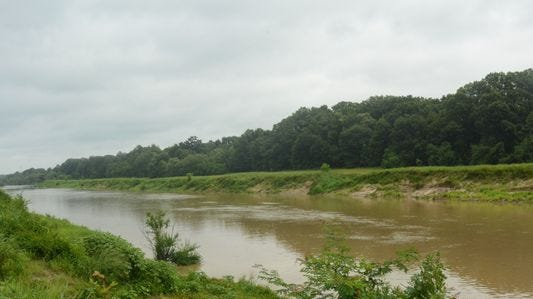 No fishing, swimming: Residents warned to stay out of Pearl River, Jackson creeks.
