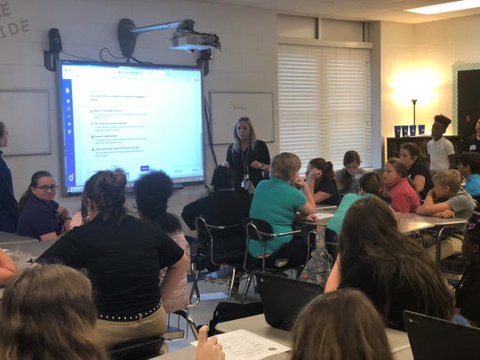 Sixth grade English teacher Tanya Harwell goes over the Summit Learning platform for incoming sixth graders.