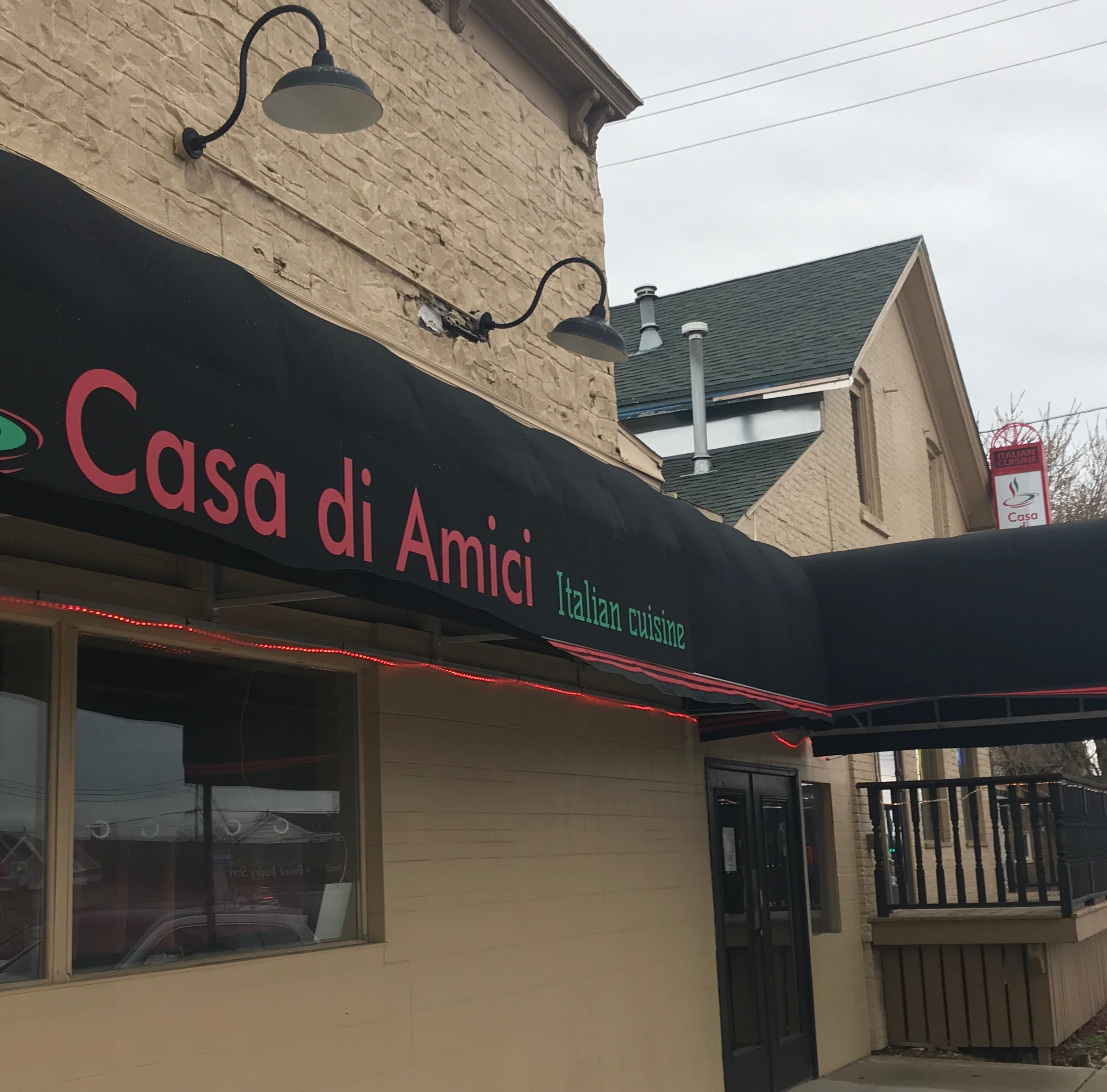 Manitowoc's Casa di Amici serves up Italian goodness: Calamari, pasta and chicken parmesan