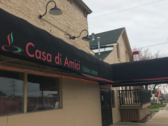 Outside sign for Casa di Amici.
