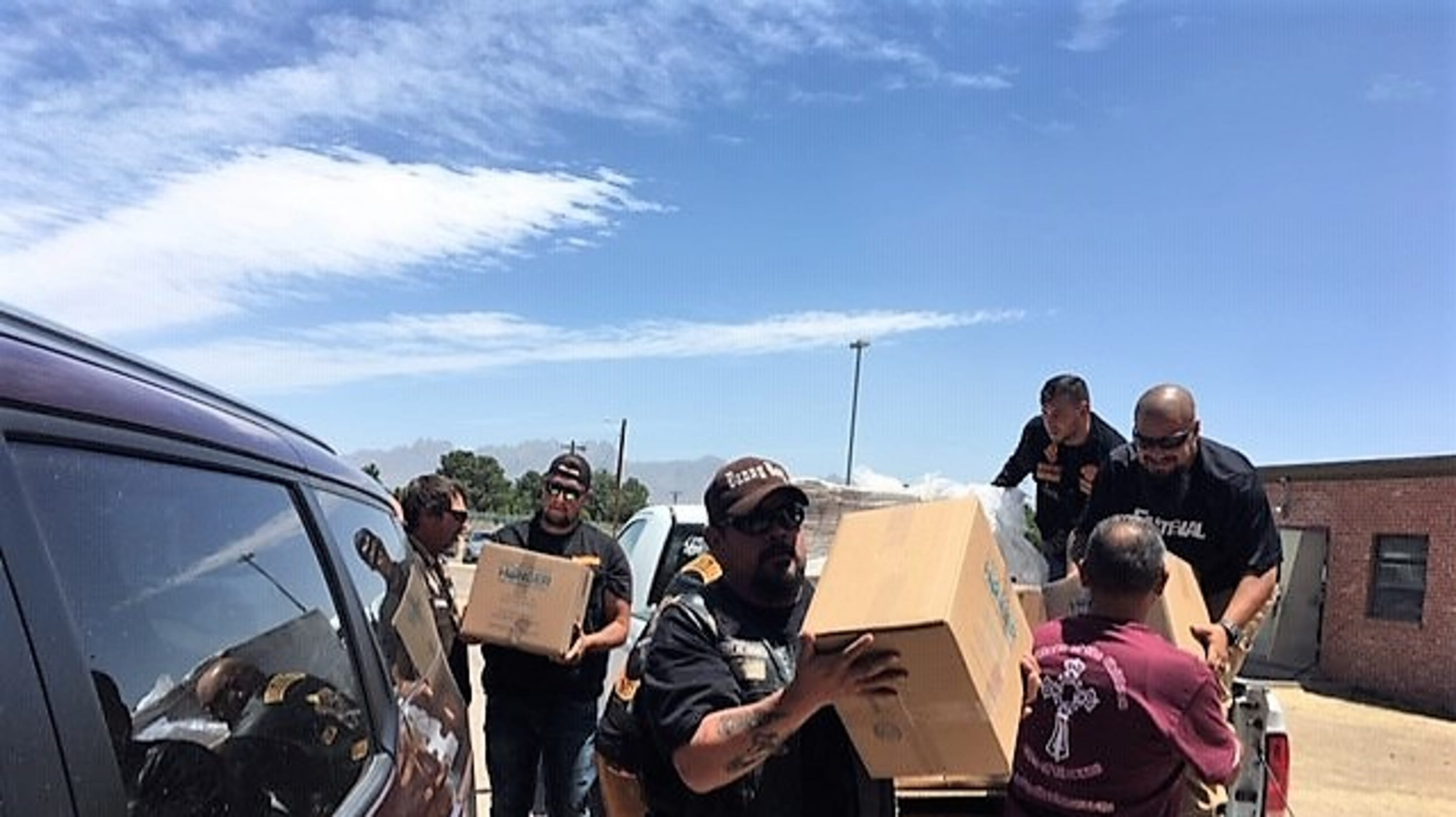 Bikers bring 30,000 meals to migrants at New Mexico shelter