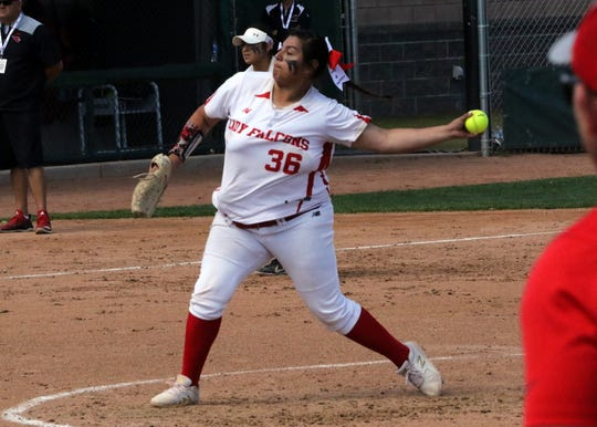 Lorisa Martinez pitches in Friday's championship game against Eunice. Loving won, 16-4 to claim its 17th state title in softball.