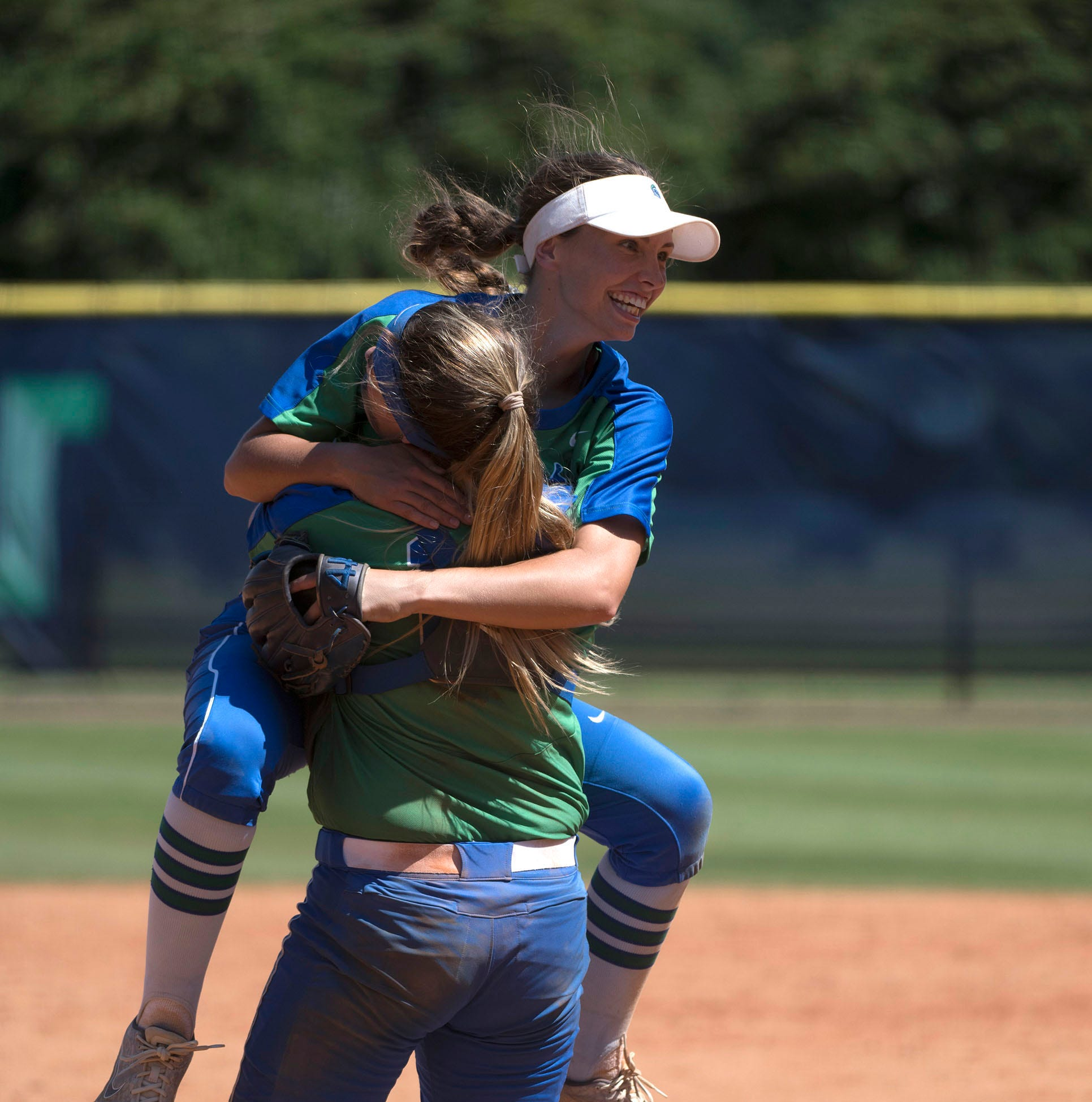 No. 2 UWF rallies by Florida Tech once again to reach College World Series